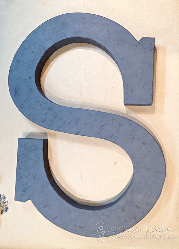 Faux Metallic Texture on Painted Monogram Letter. Letter tutorial from Carla Schauer Designs