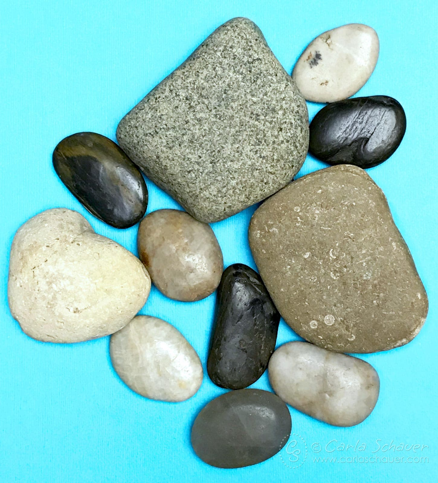 Find our where to find rocks for painting. | he ultimate guide to the best supplies for painting rocks. Paints, pens, tools, sealers, and more. | Click for the entire guide at carlaschauer.com #easypaintedrocks #paintedrockideas #paintedrocks #rockpainting #decoratedrocks #quickcrafts #teencrafts #tweencrafts #rockpaintingsupplies #paintingsupplies #craftsupplies